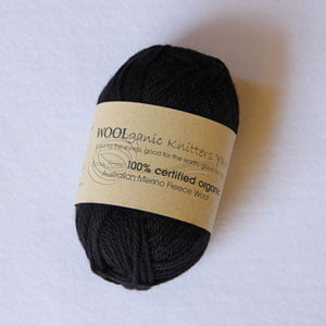 organic-yarn-black