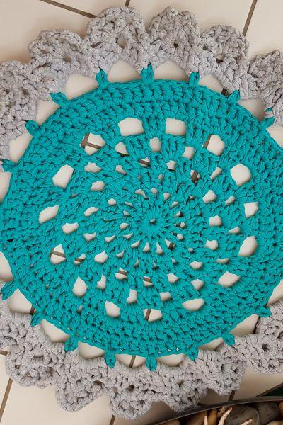 doily-floor-rug