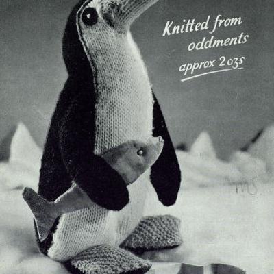knitted-vintage-penguin-pattern
