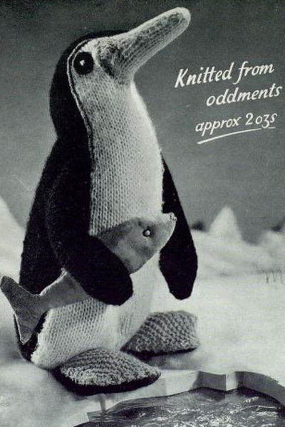 knitted-vintage-penguin-pattern