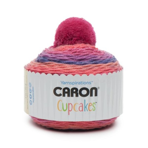 caron-cup-cake-sweet-berries
