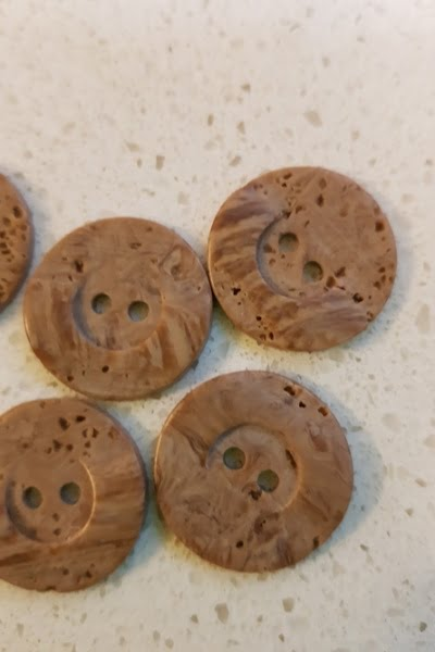 23mm-buttons-cork-style-plastic