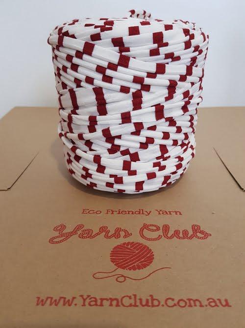 tshirt-yarn-red-white